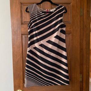 Ann Taylor LOFT Dress. Size 6.